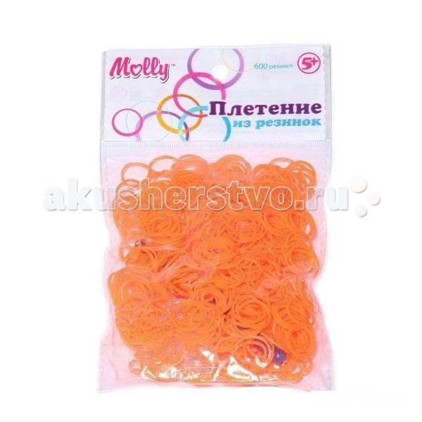 Molly Резинки для плетения гелевые 600 шт.Резинки для плетения гелевые 600 шт.Резинки для плетения гелевые 600 шт.  Крючок для плетения и S-клипсы 24 шт. в комплекте.  Плетение из резинок (Rainbow Loom) - молодое и очень популярное хобби среди детей, подростков и взрослых по всему миру. Используя простые в обращении приспособления для плетения, можно в короткий срок сплести множество великолепных, ярких, красивых браслетов, подвесок, колец, сумочек, шарфов, различных аксессуаров (например, чехол для телефона), фигурок, героев мультфильмов и много другое. Пластиковый станок для плетения полноразмерный или компактный, а также крючок для плетения удобно брать в дорогу.   Использование одинаковых резинок, удачное сочетание разных по форме и цвету - все это позволяет создавать стильные неповторимые браслеты, выполненные с использованием определенной техники.  Плетение из резинок - хобби, которое потребует некоторое количество времени и усилий. Результат того стоит!<br>