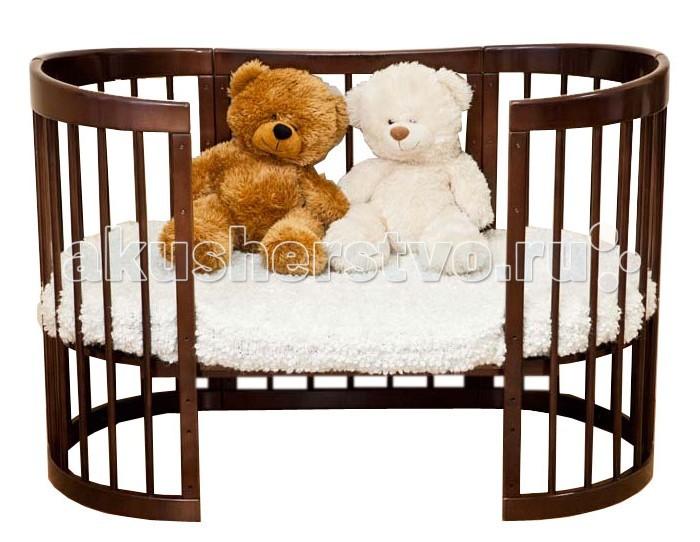 Кроватка-трансформер Можга (Красная Звезда) Паулина 8 в 1Паулина 8 в 1Стильная и лаконичная кроватка Паулина 8 в 1 легко впишется в любой современный интерьер детской комнаты. Имеет округлую форму без острых выступов. Это кроватка, которая растет вместе с вашим малышом, постоянно трансформируется с момента рождения до дошкольного возраста. Далее используется как предметы мебели для детской комнаты. Изготовлена полностью из массива березы. Вся фурнитура итальянская.  Когда ребенок совсем маленький (до 6 месяцев), она послужит ему уютной колыбелькой с маятниковым механизмом продольного качания. Колесики обеспечивают мобильность колыбели, при необходимости их можно, также как и маятник, зафиксировать с помощью стопоров. Пеленальный столик поможет маме комфортно переодевать малыша. Позднее колыбель трансформируется в кроватку с таким же качанием и тремя уровнями ложа. Благодаря перфорации дна обеспечивается оптимальная вентиляция. Круглые стойки позволяют малышу легко хвататься и удобнее вставать на ножки. Кроватка и колыбелька имеют дополнительную опцию – устройство автоматического качания кровати на пульте управления (приобретается отдельно за дополнительную плату). Когда малыш научится самостоятельно забираться в кроватку, часть бокового ограждения можно снять и использовать «Паулину» как диванчик. Установив дно кроватки в самое нижнее положение, можно сделать мобильный глубокий манеж. Кровать-трансформер «Паулина» растет вместе с ребенком, и когда он вырастет из своей кроватки, обеспечит ему комфортное место для игр и занятий, трансформируясь в столик и 2 кресла.  Материал: массив березы.  Размеры овальной люльки: Длина 97 см х Ширина 67 см х Высота 104 см, ложе 92 х 65 см Размеры овальной кроватки: Длина 130 см х Ширина 67 см х Высота 104 см, ложе 125 х 65 см<br>
