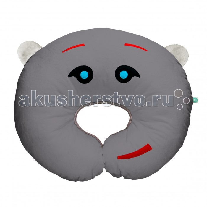 myHummy Подушка Шумящее Чудо PillowПодушка Шумящее Чудо PillowПодушка «myHummy» – удобная подушка, которая облегчает процесс кормления ребенка (как грудью, так и из бутылочки). Благодаря специально разработанной форме обеспечивается комфортная поддержка ребенка, где маме не приходится держать малыша на руках, что уменьшает нагрузку на ее позвоночник.  Дополнительно в подушку встроен шумящий механизм, имитирующий «белый шум» работы материнского организма совместно со звуками внешнего мира. Эти звуки помогают малышу успокоиться, почувствовать себя в безопасности и спокойно заснуть.   Издает 5 видов белого шума: урчание в утробе и биение сердца матери, шум морских волн, шум падающего дождя, имитация звука включенного фена и имитация звука включенного пылесоса, которые положительно воздействуют на нервную систему малыша.  Преимущества игрушки: через 60 минут звук приглушается и выключается самостоятельно возможность регулировать громкость эффект памяти, механизм запоминает последний уровень громкости и тип шума встроен датчик сна, который автоматически включит игрушку, если малыш начнет просыпаться, вертеться или плакать Non-Stop Система обеспечивает работу игрушки до 12 часов включается нажатием одной кнопки игрушки сшиты из безопасных материалов, которые подходят для детей с первого дня жизни вынув датчик из кармашка, игрушку можно постирать кармашек с шумящим механизмом находится внутри myHummy и безопасно застегивается на замок  Шумящее устройство включается не вынимая из кармашка. Материал, из которого изготовлен myHummy, полностью сертифицирован и безопасен для ребенка от первого дня жизни  myHummy pillow/подушка имеет размер 60 x 50 см. Состав: 80% полиестр, 20% хлопок.<br>