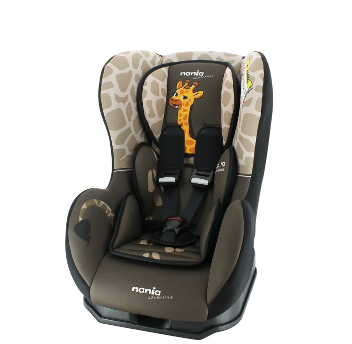 Автокресло Nania Cosmo SP AnimalsCosmo SP AnimalsАвтокресло Nania Cosmo SP Animals имеют опцию установки в противоположном движению автомобиля направлении, причем ребенок находится в горизонтальном положении. Это особенно важно для малышей до 1-го года, не умеющих самостоятельно сидеть.  Когда вес ребенка достигнет 9-ти кг, кресло следует устанавливать лицом в направлении движения автомобиля, однако только на заднем сиденье. Конструкция авто-кресел этой группы представляет собой пластиковую основу на силовом каркасе. Благодаря тому, что наклон спинки можно регулировать, малыш сможет спокойно спать во время долгих путешествий.  Характеристики: 5-точечные ремни безопасности с 3-мя уровнями регулировки по высоте и мягкими плечевыми накладками крепится в автомобиле с помощью 3-х точечного ремня безопасности против движения автомобиля прочный каркас анатомической формы из полипропилена поглощающая силу удара прослойка из полистирола 3 положения наклона спинки позволяют ребенку комфортно чувствовать себя во время длительных поездок обивка легко снимается, возможна стирка при 300С SP (side protection) - улучшенная боковая защита соответствует стандарту безопасности ЕСЕ R44/04  Внешние размеры: 54х45х61 см; сидение: 31х31 см; спинка: 55 см<br>