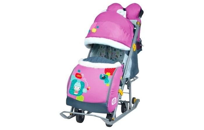 Санки-коляска Ника Детям 7-2Детям 7-2Санки-коляска Ника Детям 7 предназначены для перевозки детей в положении сидя и лежа.  Чехол выполнен из влагонепроницаемого износоустойчивого полиэстера.  Прочный и легкий металлический каркас, легко складывается.  Широкие полозья обеспечивают легкое скольжение по снегу.  Характеристики: механизм смены полозьев на колеса плоские полозья 40 мм с большими обрезиненными колесами пятиточечный ремень безопасности складной трехсекционный козырек высокий с декоративными ушками и меховой окантовкой  плавная регулировка спинки до положения лежа чехол для ног с 2-мя молниями для удобного открывания с двух сторон подножка с регулируемым наклоном ног, позволяющая ребенку в положении лежа комфортно вытягивать ножки светоотражающий кант колесо для удобной транспортировки перекидная ручка широкое посадочное место смотровое окошко для наблюдения за ребенком новый дизайн сумки с кармашками для полезных мелочей варежки с мехом съемный меховой матрасик яркий рисунок<br>