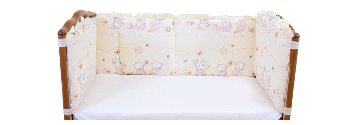 Бампер для кроватки Осьминожка высокийвысокийБортик в кроватку не только придаст кроватке дополнительный уют, но и защитит Вашего малыша от сквозняков.  Материалы и краски постельного белья отвечают всем экологическим нормам и абсолютно безвредны для здоровья ребенка.  Бампер на 4 стороны высотой 40см  Состав: ткань - импортная бязь(хлопок), наполнитель - холофайбер  Рисунок бампера может отличаться от представленных.<br>