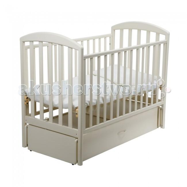 Детская кроватка Papaloni Джованни маятник 125х65Джованни маятник 125х65Детская кроватка-маятник Papaloni Джованни - это прекрасное решение для родителей, ценящих функциональность, классический дизайн и безопасность детской мебели. Кроватка предназначена для самых маленьких детей с рождения.  Благодаря маятниковому механизму ребенка легко успокоить и уложить спать.  В кроватке регулируется глубина спального места с ростом малыша (2 уровня ложа), а также уровень высоты боковины.   Когда малыш подрастет, боковину можно и вовсе снять, тогда в распоряжении ребенка оказывается удобный диванчик.  В кроватке Papaloni Джованни есть вместительный выдвижной ящик (кроме расцветок Черешня и Салатовый).  Материалы и безопасность Изделие изготовлено из массива бука и покрыто безопасными для детей лаками на водной основе.  На боковины можно прикрепить специальные накладки из ПВХ, которые входят в комплект. Они предусмотрены для защиты малыша от травматизма и долговечности мебели.  Высококачественная фурнитура от ведущих итальянских производителей продлевает срок эксплуатации кроватки.  Все кроватки прошли самый тщательный контроль и сертификацию на территории Российской Федерации.  Габариты и вес Вес в упаковке (кг) 50 Длина (см) 130 Ширина (см) 72 Размер спального места (см) 125х65<br>