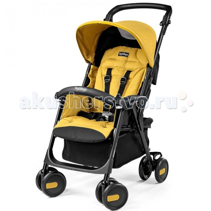 Прогулочная коляска Peg-perego Aria ShopperAria ShopperДетская прогулочная коляска Peg Perego Aria Shopper - модель, которая просто создана для совершения успешных шоп-туров с ребенком. Она идеально подходит для деток, которые уже могут самостоятельно сидеть, т.е. примерно с шести месяцев и до трех лет.  Данное изделие итальянского концерна обладает шикарной маневренностью, что позволит с легкостью передвигаться даже в узких проходах рынков или торговых центров. Колеса коляски оснащаются качественной амортизацией, что исключит дискомфорт для малыша при передвижении по неровной поверхности. При необходимости может в один момент сложиться книжкой при помощи всего лишь одной руки.  Также стоит отметить уникальную особенность всех колясок Пег Перего самостоятельно стоять в собранном виде. Посадочное места эргономической формы имеют хорошие внутренние размеры, что несомненно придет по вкусу родителям крупных деток.  Спинка сидения может изменять свое положение, тем самым обеспечивая высокий уровень комфортности для пассажира. За безопасность отвечают пятиточечные ремни и поручень, который можно снимать.  Испытано и одобрено для детей с 6 месяцев рождения. Прогулочный блок Aria Shopper может быть разложен в нескольких положениях практически до лежачего состояния, обеспечивая абсолютный комфорт ребенку во время отдыха или сна. Широкое посадочное место прогулочного блока особенно ценится родителями малышей-крепышей. Благодаря встроенной эксклюзивной системе Giaciomatic, прогулочный блок легко заменить на автокресло Peg-Perego Viaggio SL (приобретается отдельно). Внешнее отличие от коляски Aria Completo подчеркивают новый эргономичный бампер и еще большая корзина для вещей или покупок. Способ закрытия «книжкой» позволяет коляске Aria Shopper уверенно стоять в сложенном положении, при этом тканевые части покрытия не касаются земли, обеспечивая максимальную гигиену. Двойные поворотные передние и задние пары колес делают коляску устойчивой, не лишая ее при этом маневренности. С