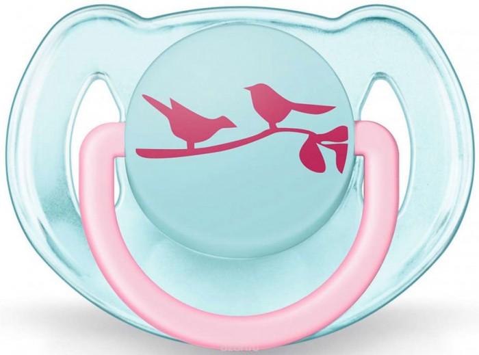 Пустышка Philips-Avent силиконовая Дизайн 6-18 мес.силиконовая Дизайн 6-18 мес.Пустышка Philips-Avent силиконовая Дизайн - ортодонтическая симметричная съемная. Каплевидной формы учитывают строение и естественное развитие неба, зубов и десен малыша и гарантируют комфорт, даже если пустышка переворачивается во рту.  Предохранительное кольцо-держатель позволяет с легкостью вынуть пустышку Philips-Avent в любой момент.Силиконовые соски пустышек Philips-Avent не обладают вкусом и запахом, что делает их наиболее приемлемыми для малыша.   Силикон — это мягкий и прозрачный материал, который не липнет и легко моется. Такая соска прочна и прослужит долго, не потеряв со временем форму и цвет. Можно стерилизовать. Можно мыть в посудомоечной машине.<br>