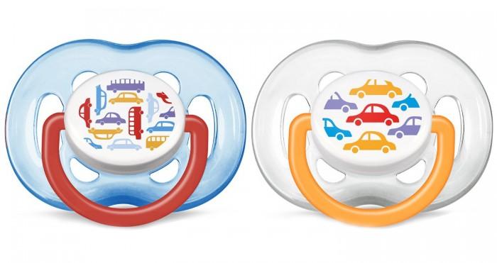 Пустышка Philips-Avent силиконовая 6-18 мес.силиконовая 6-18 мес.Яркие цветные пустышки.  Ортодонтическая, симметричная съемная соска Плоские симметричные соски каплевидной формы учитывают строение и естественное развитие неба, зубов и десен малыша и гарантируют комфорт, даже если пустышка переворачивается во рту.  Силиконовая соска не обладает вкусом и запахом, что делает ее наиболее приемлемой для малыша. Силикон — это мягкий и прозрачный материал, который не липнет и легко моется. Такая соска прочна и прослужит долго, не потеряв со временем форму и цвет.  Гигиеничность Защелкивающийся защитный колпачок Можно стерилизовать Можно мыть в посудомоечной машине  Не содержит бисфенол-А. К упаковке 2 шт.  Цвета в ассортименте!<br>