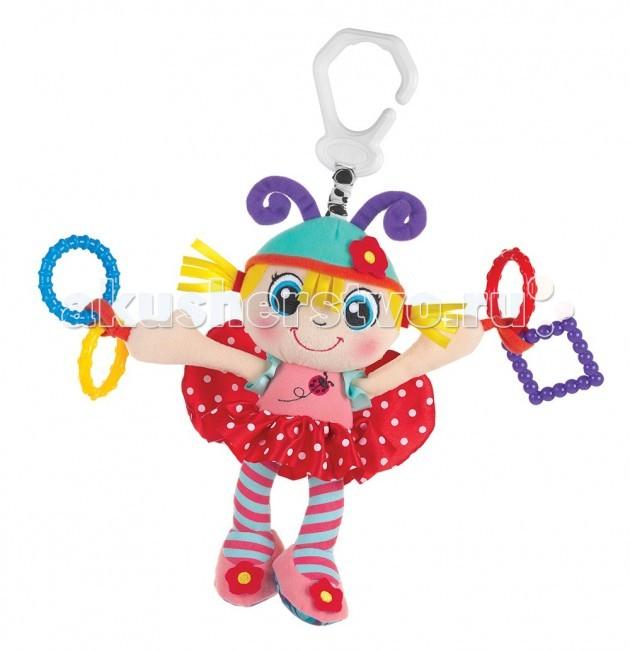 Подвесная игрушка Playgro Девочка-божья коровкаДевочка-божья коровкаМягкая игрушка Девочка-Божья коровка от фирмы Playgro обязательно понравится вашему малышу. Игрушка имеет удобную прищепку, чтобы можно было прикрепить ее к сидению, коляске или кроватке.  Внутри подвески имеется погремушка, которая весело озвучит игру ребенка с ней. Игрушка уже с первых дней покажет, насколько она полезна, ведь она поможет развить все чувства: моторику, зрительную координацию, слух, а также причинно-следственные связи. Все это возможно благодаря различным фактурам на лапках.<br>