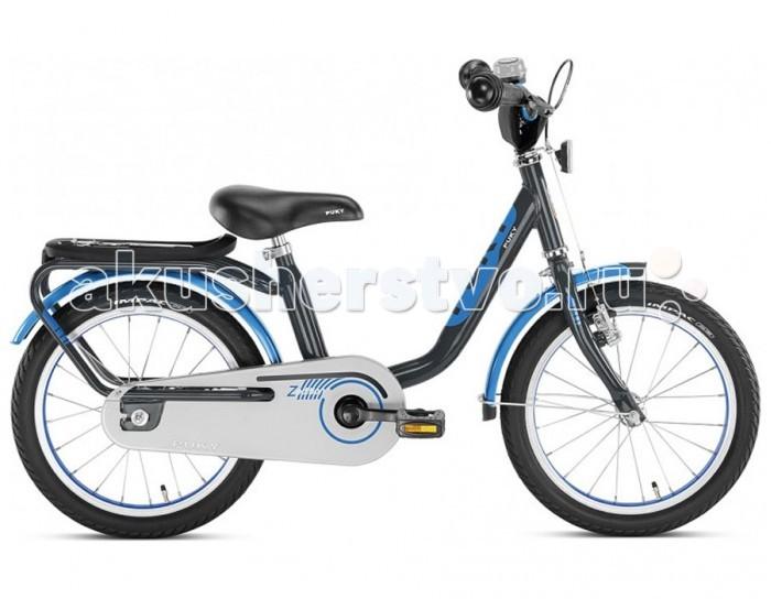Велосипед двухколесный Puky Z6Z6Puky Z6 - отличный первый велосипед для Вашего ребенка в возрасте от 3 лет. Велосипед выглядит серьезно и представительно, его эргономика очень хорошо продумана, а качество материалов и сборки очень высокое. Такой велосипед послужит не один сезон, а после перейдет в наследство младшему ребенку от старшего.  Рама велосипеда выполнена из стали и окрашена с помощью порошковой технологии, что гарантирует повышенную износоустойчивость. Такому покрытию не страшны яркий солнечный свет и падения на асфальт. Сварные швы на раме аккуратные и надежные, что обеспечивает устойчивость к нагрузкам во время катания.  Колеса велосипеда диаметром 16 дюймов с чрезвычайно мягким и легким ходом. Шины - пневматические, накачиваются ручным или электронасосом (в комплект не входит). Ниппель DV (Dunlop Valve), для накачки стандартным автомобильным или велонасосом может потребоваться адаптер AV/DV. Колеса закрыты крыльями, оберегающими одежду ребенка от брызг с колес.  Характеристики: материал - сталь рекомендуется детям от 3 до 5 лет на рост от 100 см, длину ноги от 42 см немецкое качество накачиваемые колеса 16 (2 приставных колеса-приобретаются отдельно) рулевое управление и педали на шарикоподшипниках звонок регулируемый ручной тормоз регулировка положения седла 50-58 см подставка для парковки флажок безопасности, багажник Barpad (противоударная подушечка) на руле защита цепи крылья, защищенные по краям пластиком светоотражатели передние и задние высота рамы 26 см нижняя позиция седла 50 см максимальная нагрузка 50 кг  В комплекте: велосипед звонок флажок  Размер 113 х 50 см Вес 9.9 кг<br>