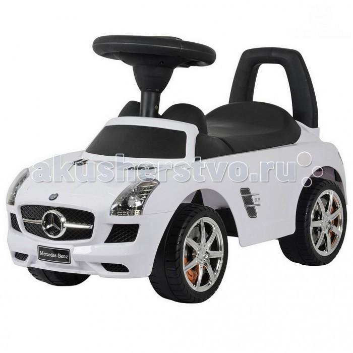 """Каталка R-Toys Mercedes-Benz с музыкойMercedes-Benz с музыкойТочная копия настоящего автомобиля Mercedes-Benz SLK 200 по лицензии известного автоконцерна.   Реалистичный дизайн Mercedes-Benz с повторением точных деталей дает ощущение подлинности автомобиля.  Хромированные диски с тормозами """"Mercedes-Benz"""", реалистичные передние и задние фары, хромированная решетка радиатора, хромированный логотип на решетке радиатора, хромированные элементы на кузове - все как у настоящего автомобиля Bentley.  Каталка-автомобиль Mercedes-Benz станет отличным подарком для маленького непоседы.  Машинка приводится в действие, как и все толокары, отталкиваясь ножками от земли.  Достаточно покрутить руль и машинка едет сама, развивает достаточную, но безопасную для ребенка скорость. Таким образом каталка поможет развивать ребёнка физически и укреплять мышцы ног.  На толокаре можно кататься как на улице, так и в помещении.  Рулём малыш определяет направление движения.  Музыкальные эффекты на руле каталки.  Очень эргономичное сиденье. Эргономика - 10 баллов. Ширина посадочного места: 21 см.  Под сиденьем – вместительный багажник для игрушек.  Сиденье и руль выполнены из матового пластика идеального качества и приятны на ощупь. Сделано из высококачественного пластика с обработкой по самым современным технологиям обработки пластика.  Максимальная нагрузка - 30 кг.  Рекомендуется для детей от 12 месяцев.  Размер 66.5х29.5х25.5 см<br>"""