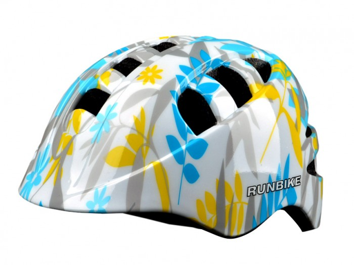 Runbike Защитный шлем Action proЗащитный шлем Action proШлем Runbike Action pro прямоугольные отверстия  Для катания на Ранбайке (беговеле), самокате, велосипеде.  регулируется под размер головы удобные ремешки и регулировочное кольцо усиленная структура - технология «pro-inmold» эффективная вентиляция  Размер M(52-56)<br>