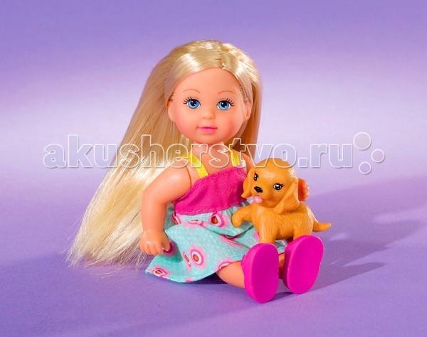 Simba Кукла Еви со зверюшкамиКукла Еви со зверюшкамиКукла Еви Simba со зверюшками - милая куколка с длинными волосами, которые можно расчесывать, создавая разнообразные причёски непременно понравится вашей малышке.    Особенности:    Кукла сделана из высококачественного пластика  Руки и ноги куколки подвижны, куколку можно сажать  Волосы Еви можно расчесывать, делать различные прически  Вся одежда легко снимается, куколку можно переодевать  Благодаря своей компактности, ее можно брать в дальнее путешествие  Играя с куклой, ваша девочка придумает множество сюжетно-ролевых игр  В игре будут развиваться творческие способности, фантазия, воображение и артистические навыки, а также внимательность, мелкая моторика и координация движения рук   Высота куклы 12 см<br>