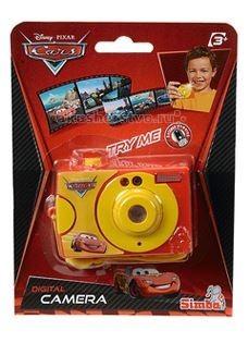 Развивающая игрушка Simba Фотокамера Герои ДиснеяФотокамера Герои ДиснеяФотокамера Simba Герои Диснея - это замечательный набор, который станет отличным подарком для любого ребенка.   Фотокамера понравится любому ребёнку, ведь благодаря ей можно просмотреть слайд сцены из диснеевского мультфильма.  Для того, чтобы посмотреть слайд нужно смотреть в глазок видоискателя, в нём всего присутствует двенадцать сюжетов. Если нажать на кнопку спуска, то изменится и активируется подсветка, которая напомнит вспышку фотоаппарата.  Для работы игрушки необходимо наличие 2 батареек типа ААА, которые уже есть в наборе.<br>