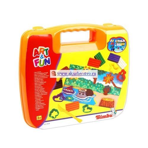Simba Набор для творчества 6330639Набор для творчества 6330639Simba Набор для творчества для веселой лепки с мамой и папой. Набор поможет развить мелкую моторику детских пальчиков и фантазию ребенка.  В комплект входят: 8 кусочков пластилина 5 формочек картонная основа  ножик  Размер игрушки:  кусочек пластилина 3 х 6 х 1 см форма 4 х 4.5 х 15 см картонная основа 14.5 х 24 см ножик 13 см<br>