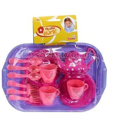 Simba Набор посуды My Little HomeНабор посуды My Little HomeНабор посуды Simba My Little Home на 3 персоны  Любая девочка мечтает рассадить вокруг стола свои игрушки и устроить шикарное чаепитие, подражая своей маме. В этом ей поможет игровой набор посуды, включающий в себя аж аксессуаров, необходимых для игры - вилки, ложки, чашки, блюдца, а также поднос и чайник.   Комплект изготовлен из высококачественного пластика и имеет яркий розовый дизайн. Теперь все вокруг будут знать, какими потрясающими десертами угощает своих гостей маленькая хозяюшка.   В наборе:    3 чашки,  3 тарелки,  3 чайные ложки,  3 вилки,  чайник,  поднос.<br>