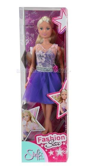 Simba Кукла Штеффи в блестящем платьеКукла Штеффи в блестящем платьеКукла Simba Штеффи в блестящем платье - эта кукла станет прекрасным подарком для любой девочки.  Штеффи, в этой модной дизайнерской одежде - блестящем платье, сможет превратиться всего за несколько минут в настоящую принцессу!  На куклу надето замечательное платье с кружевным верхом и красивой юбкой, на её талии пояс с розочкой.   Кукла во время игры может принять любое положение, так как её руки, голова и ноги соединены шарниром.  Размер: 29 см<br>