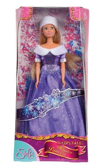 Simba Кукла Штеффи в блестящем зимнем нарядеКукла Штеффи в блестящем зимнем нарядеКукла Simba Штеффи в блестящем зимнем наряде - эта кукла станет прекрасным подарком для любой девочки.  Штеффи собирается отправиться на прогулку, чтобы насладиться красотой зимнего города. Для этого она надела элегантное блестящее платье с меховым воротником, который делает образ Штеффи утончённым и нежным. Дополняет образ белоснежная шапочка и серёжки в тон платья.  Кукла во время игры может принять любое положение, так как её руки, голова и ноги соединены шарнир  Размер: 29 см<br>