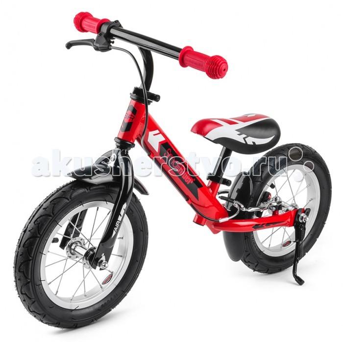 """Беговел Small Rider Roadster AirRoadster AirДетский беговел Small Rider Roadster AIR - новая элитная модель беговела, имеющая исчерпывающий набор необходимых малышу функций, предназначенная для детей от 3 до 5 лет.  Богатый набор опций, элитный внешний вид. Этот беговел """"может все"""". Его внешний вид поражает своей законченностью и схожестью с настоящим велосипедом.  И действительно Роадстер Эйр - это настоящий велосипед, только без педалей. Идеальный тренажер перед пересаживанием на велосипед. Первый транспорт для малыша, который поможет развить машцы ножек, равновесие и координацию движений.  """"Король дороги"""".  Этот элитный маленький транспорт имеет ручной тормоз, который позволит прекрасно контролировать скорость и помогать ножкам тормозить при сильном разгоне.  Надувные колеса - это плавный ход и добротная амортизация. Они дадут ощущение """"мини-велосипеда"""". Элитность колес подчеркивают металические обода со спицами.  Складная подножка позволит """"припарковать"""" беговелик в любом месте, например на игровой площадке, не привязываясь к лавочке или деревцу.  Брызговики сделаны в цвет колес и защитят одежду от брызг луж и грязных участков пути.  Широкий возрастной диапазон.  Данный беговелик имеет гибкую и удобную систему регулировки и подходит даже для маленьких детишек - пробовать кататься на Смолл Райдер Родстер можно уже с 2-х лет.  Вы можете выставить нужную высоту сиденья или руля под рост Вашего ребенка. Благодаря удобным зажимам """"quick release"""" Вам не придется прибегать при этом к специальному инструменту. Вы можете производить регулировку сколь угодно раз прямо на площадке.  Характеристики:  Марка - Small Rider Модель - Roadster AIR Рекомендуемый возраст - от 3 до 5 лет (можно аккуратно пробовать от 2-х лет) Максимальная нагрузка - 40 кг Сиденье - мягкое, регулируется по высоте без инструмента Минимальная высота от пола - 30 см Максимальна высота от пола - 42 см Руль - регулируется по высоте без инструмента Ручки - эргономичные, резиновые Колеса - 12' радиус, надув"""