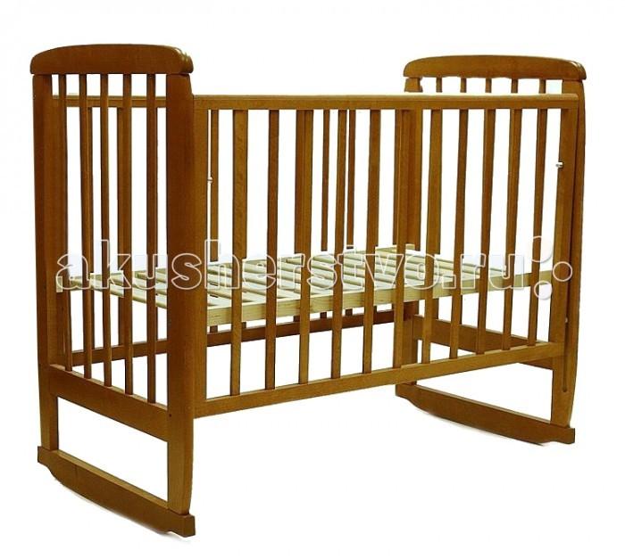 Детская кроватка Соня 2 (колесо-качалка)2 (колесо-качалка)Простая и надежная кроватка придаст Вашей детской комнате комфорт и уют. В детской кроватке Соня Вашему малышу будет уютно и спокойно спать, потому что когда малыш проснется его легко можно будет покачать, чтобы ребенок мог снова уснуть.  Характеристики: изготовлена их массива березы, покрыта нетоксичными и абсолютно безвредными для здоровья малыша лаками реечное дно полозья для качания может быть установлена на колеса 2 положения ложа внешний размер 125х70х109 см внутренний размер 120х60 см  Рекомендации по уходу: Благоприятная среда для сохранения мебели - сухое проветриваемое помещение с положительной температурой воздуха и относительной влажностью воздуха 45-70% Не рекомендуется ставить мебель в сыром помещении В процессе эксплуатации подтягивайте крепежные элементы Нагрузка на ящик не должна превышать более 15 кг Удаление пыли и влаги следует производить мягкой и сухой тканью<br>