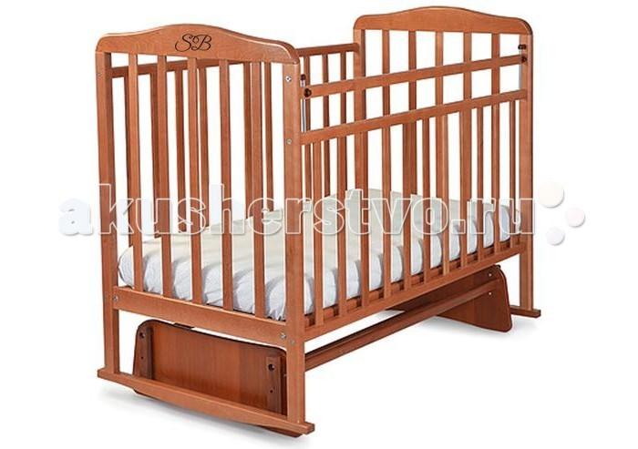Детская кроватка Sweet Baby Ennio (маятник поперечный)Ennio (маятник поперечный)Детская кроватка Sweet Baby Ennio станет прекрасным украшением для комнаты Вашего малыша.  Особенности: Поперечный маятник повторяет принцип люлек, которыми пользовались еще наши бабушки. Так же, он подойдет для небольших детских комнат. Кроватка оснащена специальными фиксаторами, которые приводят маятник в состояние покоя. Два уровня ложа позволяют менять глубину кроватки по мере роста малыша, опускаемая планка поможет без труда дотянуться до малыша в кроватке. Расстояние между рейками не дает возможность ребенку застрять между ними в раннем возрасте.<br>