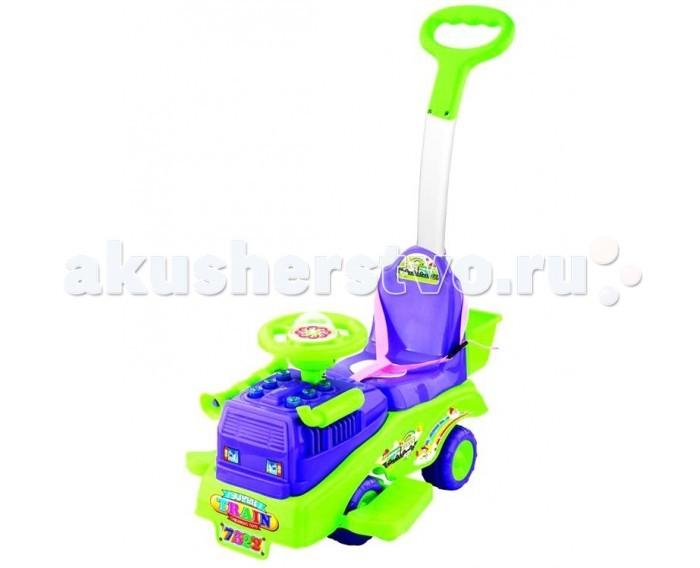 Каталка Toysmax ТрейлерТрейлерКаталка Toysmax Трейлер многофункциональная игрушка, которая позволит ребенку развить координацию движений и провести время за интересной игрой, а также почувствовать себя настоящим водителем.  Характеристики:  Каталка имеет устойчивую конструкцию Высокая спинка, за которую малыш может держаться при ходьбе Съеменая ручка-толкатель За спинкой установлена корзина Ремень безопасности Подставка для ножек Свето-музыкальные эффекты Легкое движение вперед и назад Колеса с поворотом на 90 градусов  Размер: 60&#215;41&#215;81 см  Вес: 3,2 кг  Возраст: от 3 до 6 лет<br>