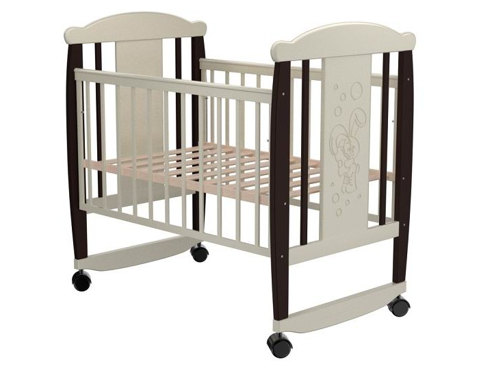 Детская кроватка Valle Bunny 02 (колесо-качалка)Bunny 02 (колесо-качалка)Удобная и функциональная детская кроватка Valle Bunny 02 предназначена для новорожденных детей и используется до 4-5 лет.   Изготовлена на современном оборудовании из натурального экологически чистого массива березы, что обеспечивает прочность и долговечность. Высокое качество отделки. Для окраски применяются лаки, не содержащие вредных для здоровья ребенка веществ. Украшает кроватку декоративная резьба спинки.  Характеристики: Материал: целиковая древесина березы, декоративная вставка МДФ  Основание реечное регулируется по высоте Реечные панели по бокам не препятствуют естественной вентиляции Размер спального места стандартный 120х60, что позволяет легко подбирать постельное белье и матрасы для ребенка Для качания предусмотрены специальные полозья Передняя стенка опускаемая Для удобства перемещения есть четыре колесика На спинке кроватки очаровательная резьба - зайчик  Размер 125х65х118 см.<br>