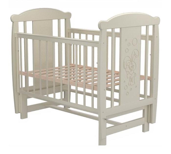 Детская кроватка Valle Bunny 04 (маятник поперечный)Bunny 04 (маятник поперечный)Удобная и функциональная детская кроватка Valle Bunny 04 предназначена для новорожденных детей и используется до 4-5 лет.   Изготовлена на современном оборудовании из натурального экологически чистого массива березы, что обеспечивает прочность и долговечность. Высокое качество отделки. Для окраски применяются лаки, не содержащие вредных для здоровья ребенка веществ. Украшает кроватку декоративная резьба спинки.  Характеристики: Материал: целиковая древесина березы, декоративная вставка МДФ  Основание реечное регулируется по высоте Реечные панели по бокам не препятствуют естественной вентиляции Размер спального места стандартный 120х60, что позволяет легко подбирать постельное белье и матрасы для ребенка Кровать оснащена маятниковым механизмом поперечного качания Фиксатор маятника Передняя стенка опускаемая Отсутствие выступающих углов и неровностей, что обеспечивает безопасность для малыша На спинке кроватки очаровательная резьба - зайка  Размер 125х65х118 см.<br>