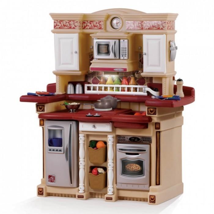 Step 2 Кухня для вечеринокКухня для вечеринокКухня для вечеринок Step отлично оборудована и обязательно понравится вашему ребенку.  Особенности: Многочисленные выдвижные ящики и шкафчики с различной кухонной утварью, в точности повторяют настоящие предметы кухонного убранства Высокий кухонный стол, выполнен «под гранит» Специальные ящики с отделениями для столовых приборов, корзина с вынимающимися фруктами и овощами Декоративный держатель для тарелок Раковина и краны Предохранительная пластина для дверей, окна с рамами и деревянные панели Аксессуары: 2 ложки, 2 ножа, 2 вилки, 2 тарелки, 2 глубоки тарелки, 1 половник, 1 шумовка, 1 мельница для перца, 1 салатница, 1 ковшик, 1 солонка, 1 перечница, 1 прихватка, 5 баночек со специями, 1 телефон   Размер оборудования: Высота: 111 см Длина: 101 см Ширина: 44 см  Вес: 16.6 кг  Объем: 0.29 м3   Количество коробок:  1 коробка  Размеры коробки: Высота: 70 см Длина: 84 см Ширина: 50 см<br>