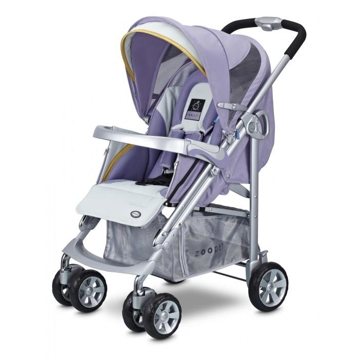 Прогулочная коляска Zooper Waltz SmartWaltz SmartZooper Waltz - достаточно легкая и комфортная прогулочная коляска с практически горизонтальным положением спинки. Сиденье очень широкое, имеет вкладыш для совсем маленьких деток и специальную молнию, которая позволяет сделать люльку, чтобы младенец не ускользнул.  Легкая, очень маневренная. Коляска просто складывается, есть ручка для переноски, сама стоит в сложенном положении и занимает мало места.  Характеристики: новый улучшенный большой капюшон теперь по всех колясках Zooper. Новый дизайн универсального капюшона Zooper сочетает в себе: UV-сетку, дождевик и козырек от солнца в одном блоке. Теперь, капюшон имеет всё необходимое, чтобы оградить вашего ребенка от дождя, солнечного света и ультрафиолетовых лучей, избавляя вас от неприятностей теплая муфта для ног защищает вашего малыша от ветра и дождя и держит в тепле ножки малыша в любую погоду. Когда становится совсем холодно, вам не о чем беспокоиться, ребенок как будто укутан одеялом и риск простудиться сводиться к минимуму не имеет значения какая погода на улице, ваш малыш будет полностью защищен от внешнего воздействия подголовник, специально спроектированный для новорожденных, сделан из мягкого и комфортного материала, чтобы вашему ребенку удобно было спать новорожденный у вас или постарше, пятиточечные ремни безопасности обеспечат максимальный комфорт и исключают возможность зажима трехпозиционная регулируемая подставка для ножек позволяет находится в лежачем и сидячем положениях столик для коляски - незаменим для малышей, любящих подкрепиться по дороге детально продуманный дизайн обеспечивает ребенку максимальную защиту. Бортики в коляске предотвратят падение малыша четыре независимых аммортизатора на каждом колесе это стандарт, он есть во всех колясках Zooper удобный карман на внешней стороне капюшона позволит взять с собой на прогулку все необходимое, при этом облегчит и маме жизнь большая корзина поможет освободить руки и сложить все необходимое с собой на