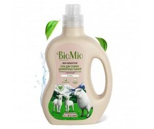 BioMio Bio-Sensitive Экологичное средство для стирки деликатных тканей без запаха 1.5 л. Доставка по России